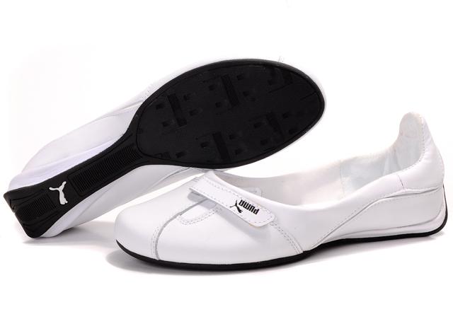 Puma Women's Replicat 3 Shoes (Black/ White) - 1021628191087