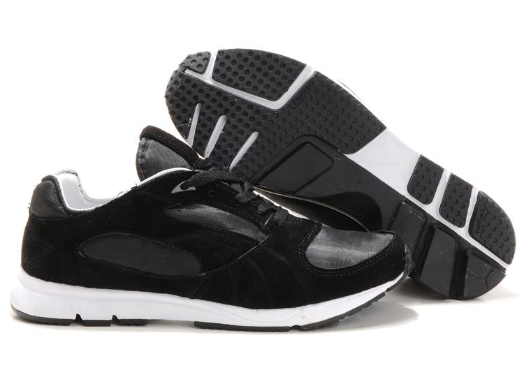 Puma Vesta Runner Frost Sneaker Black/White